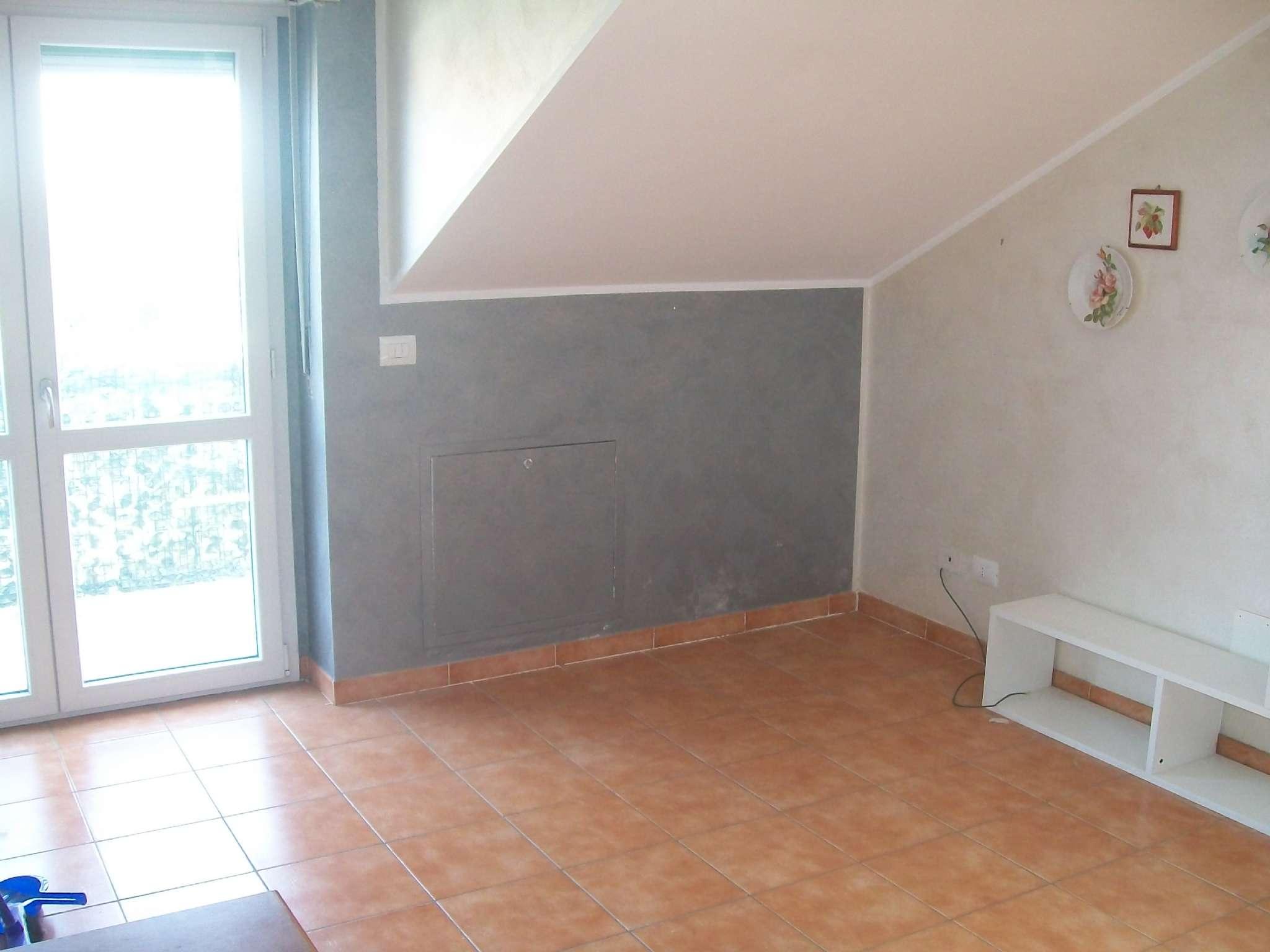 Appartamento in affitto a San Mauro Torinese, 2 locali, prezzo € 400 | CambioCasa.it