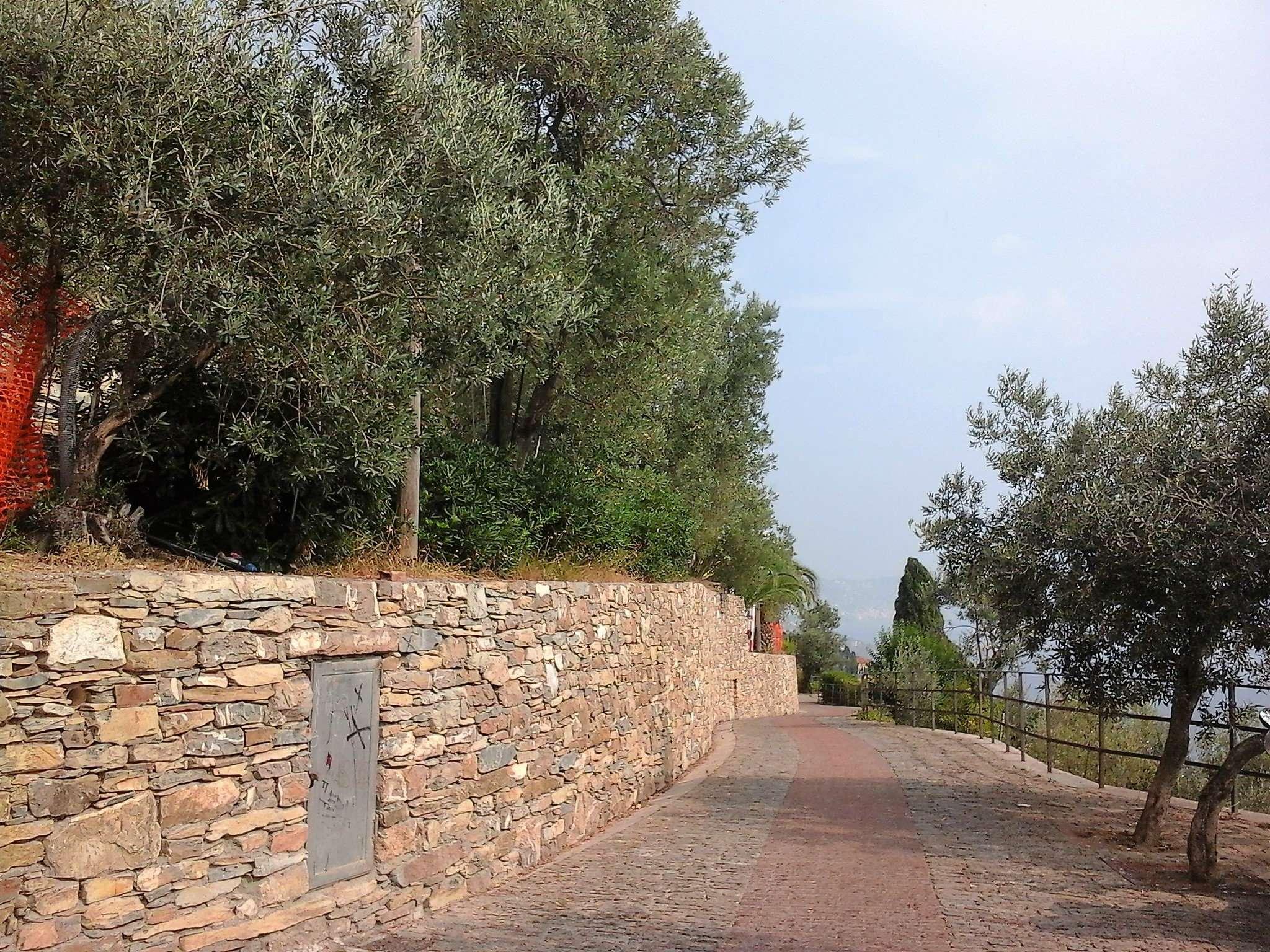 Terreno Edificabile Residenziale in vendita a Genova, 5 locali, prezzo € 200.000 | Cambio Casa.it