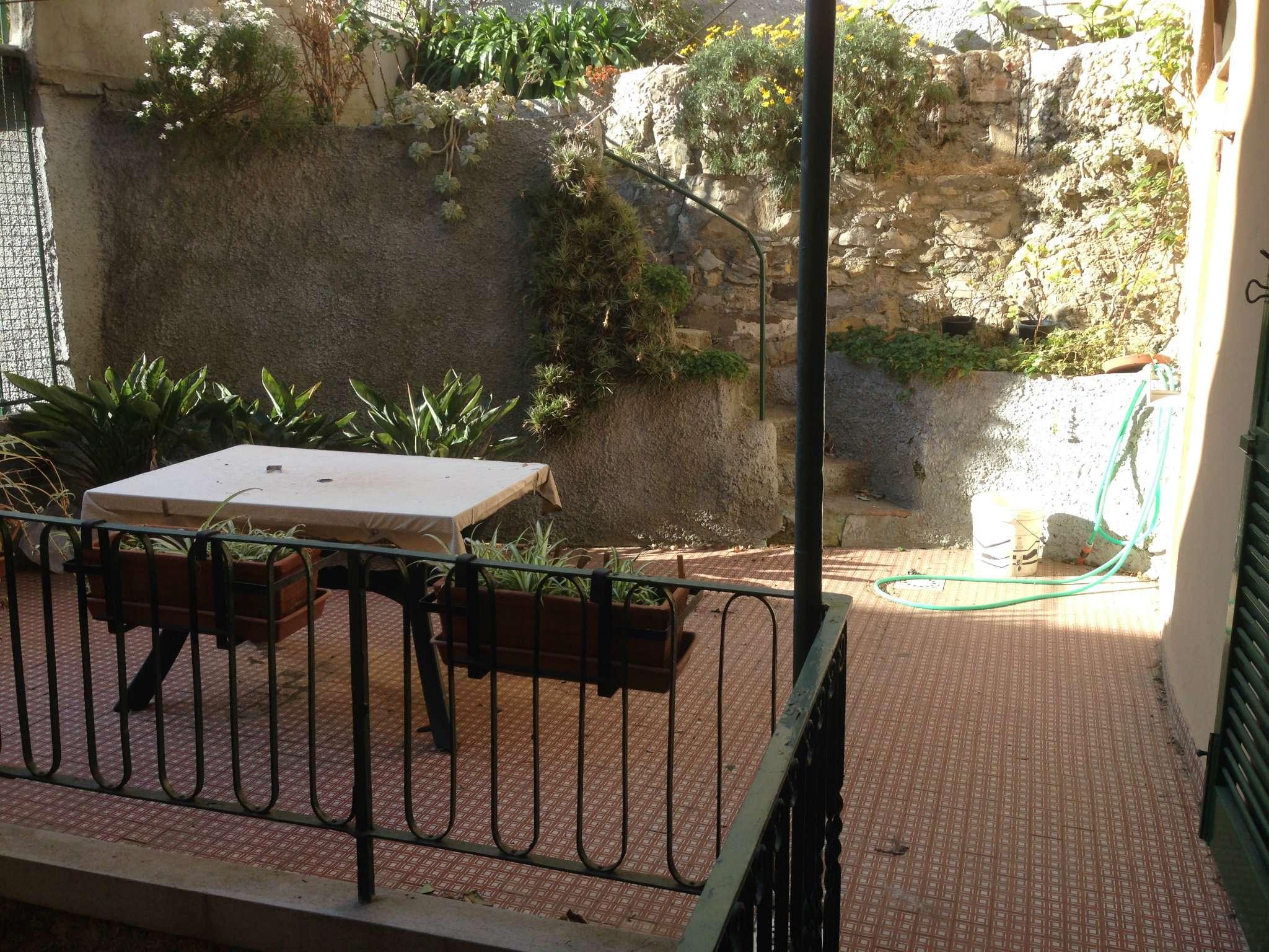 Appartamento in affitto a Genova, 4 locali, prezzo € 550 | Cambio Casa.it