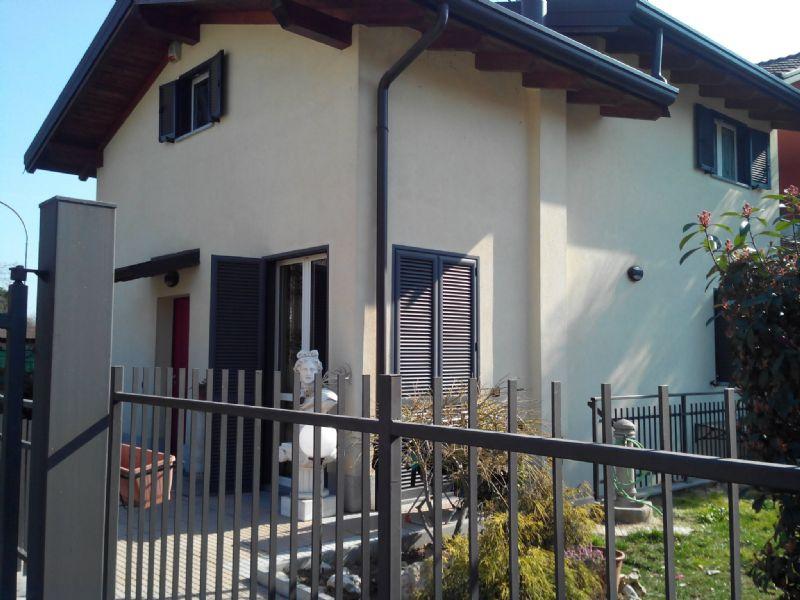 Villa a Schiera in vendita a Pogliano Milanese, 3 locali, prezzo € 260.000 | Cambio Casa.it
