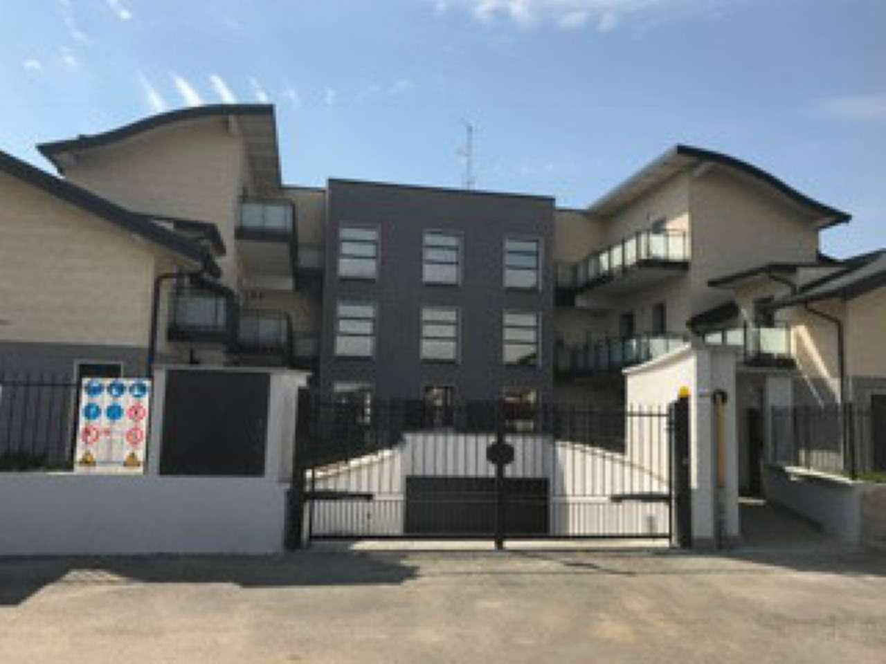 Appartamento in vendita a Origgio, 2 locali, prezzo € 130.000 | CambioCasa.it