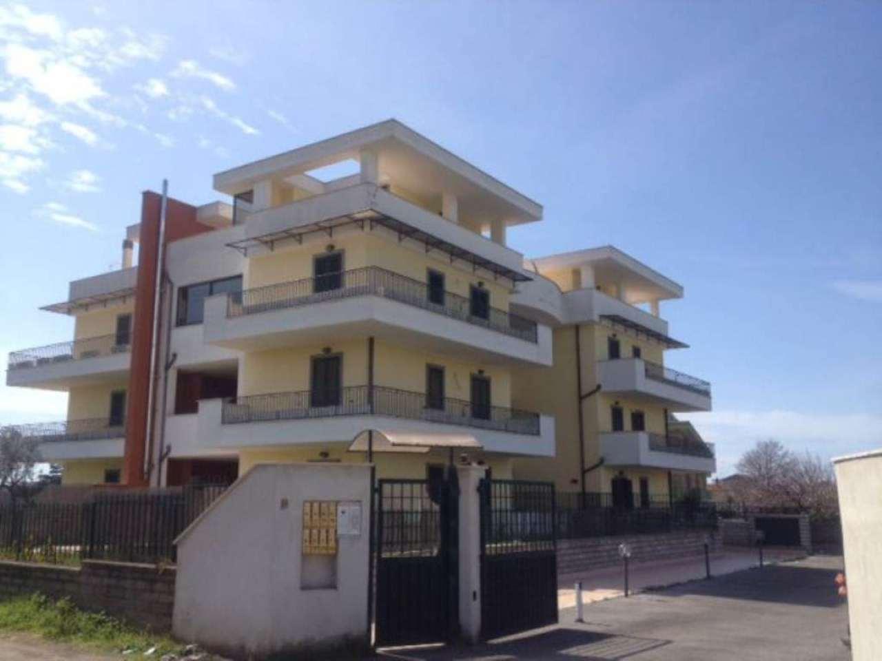 Appartamento in vendita a Nettuno, 3 locali, prezzo € 85.000 | Cambio Casa.it