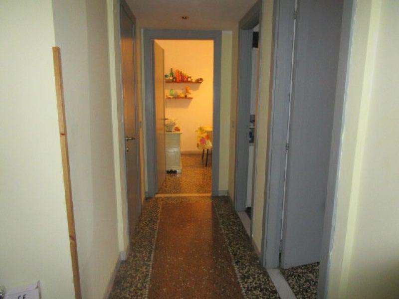 Bilocale Genova Via Marina Di Robilant 8
