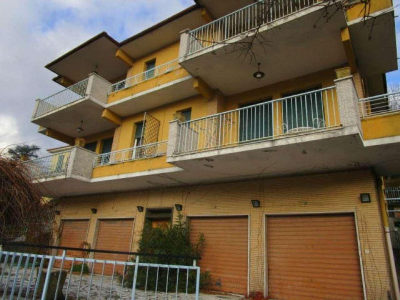 Soluzione Indipendente in vendita a Busalla, 6 locali, prezzo € 600.000 | Cambio Casa.it
