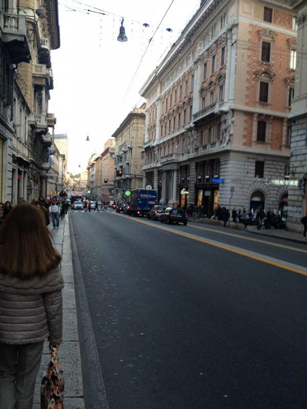 Genova Affitto NEGOZI Immagine 4