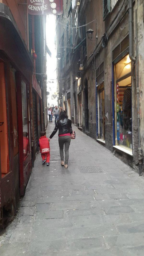 Genova Affitto NEGOZI Immagine 2