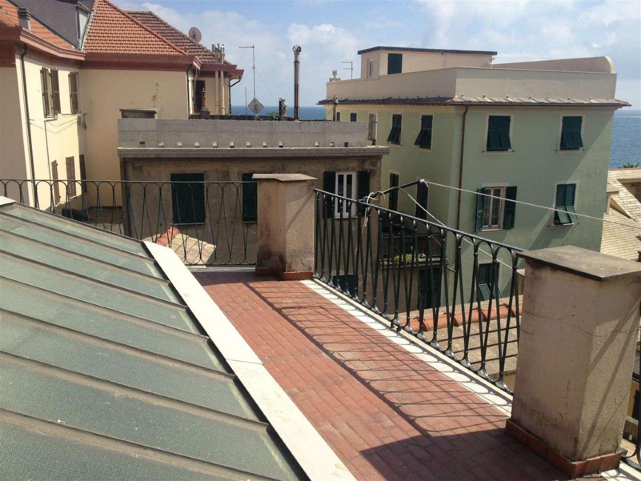 Appartamento in affitto a Cogoleto, 4 locali, prezzo € 600 | Cambio Casa.it