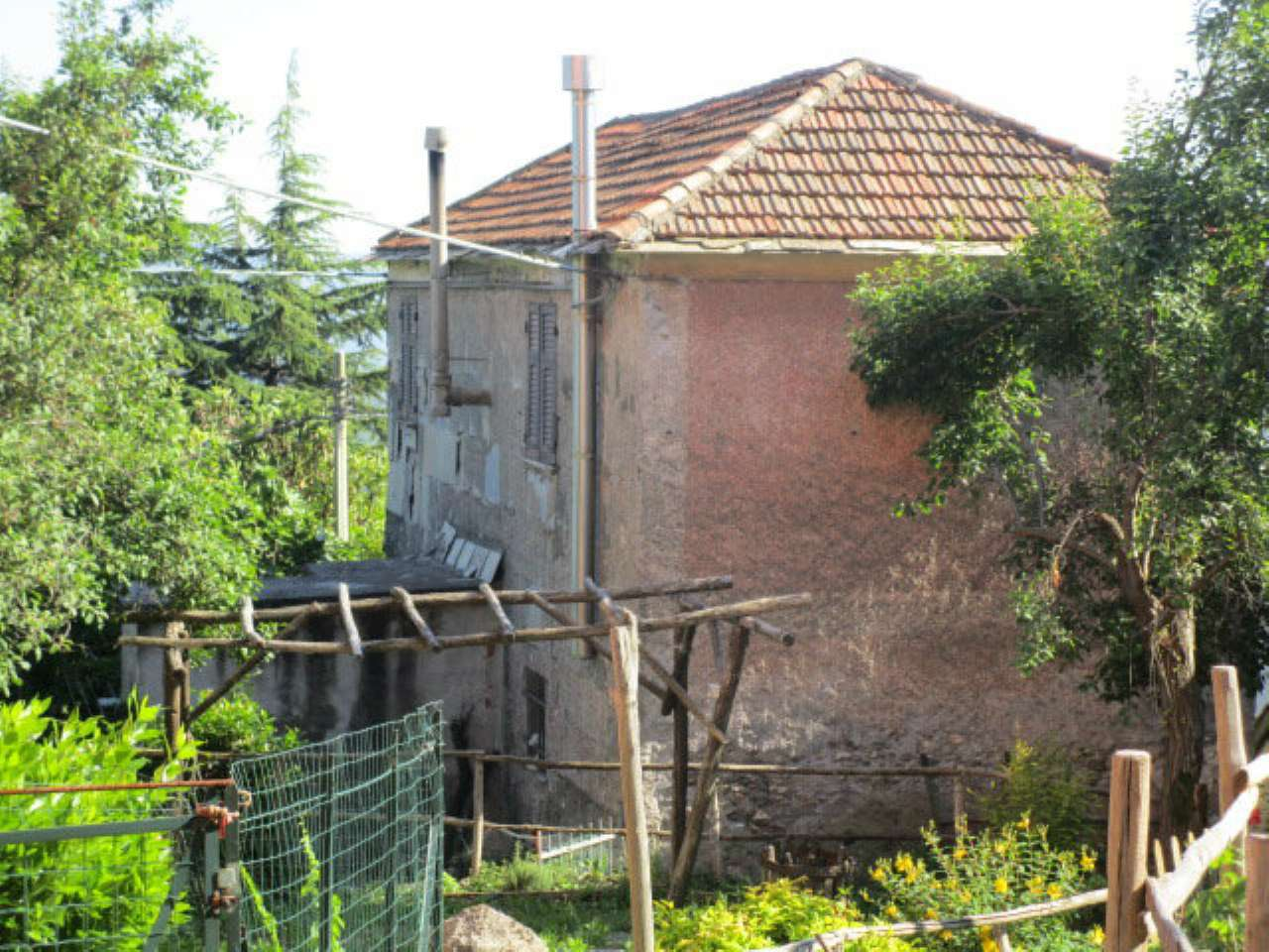 Rustico / Casale in vendita a Mignanego, 3 locali, prezzo € 90.000 | CambioCasa.it