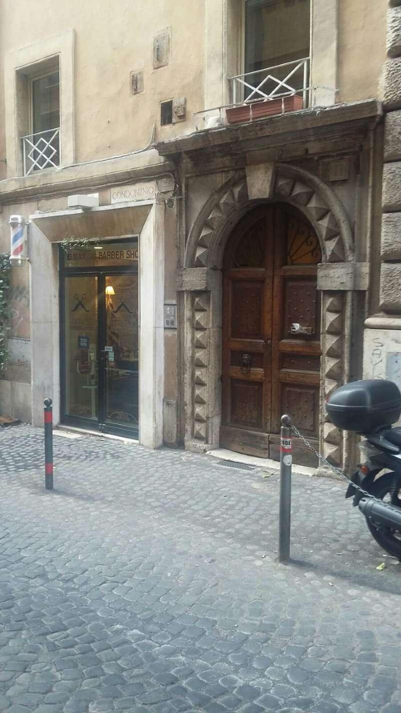 Magazzino in vendita a Roma, 1 locali, zona Zona: 1 . Centro storico, prezzo € 150.000   Cambio Casa.it