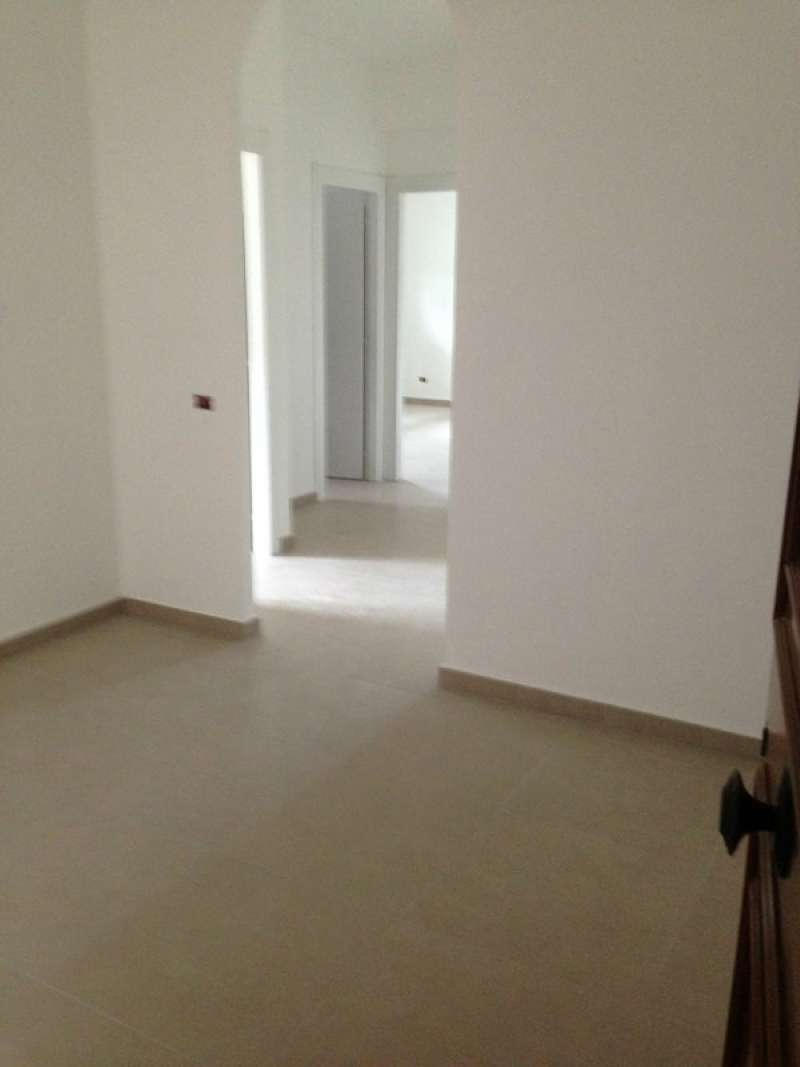 Appartamento in affitto a Guidonia Montecelio, 3 locali, prezzo € 580 | Cambio Casa.it