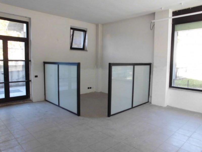 Negozio / Locale in vendita a Varese, 1 locali, prezzo € 95.000 | Cambio Casa.it
