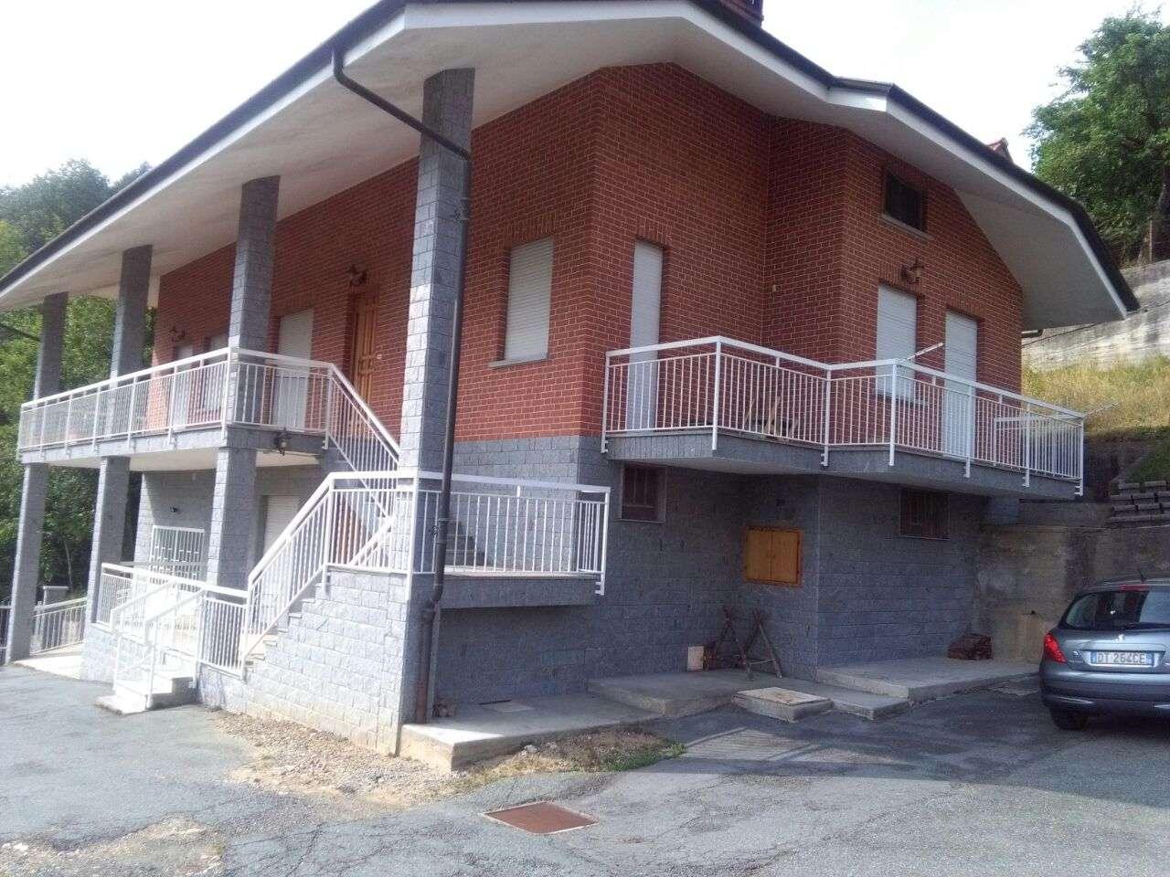 Soluzione Indipendente in vendita a Coazze, 6 locali, prezzo € 185.000 | CambioCasa.it