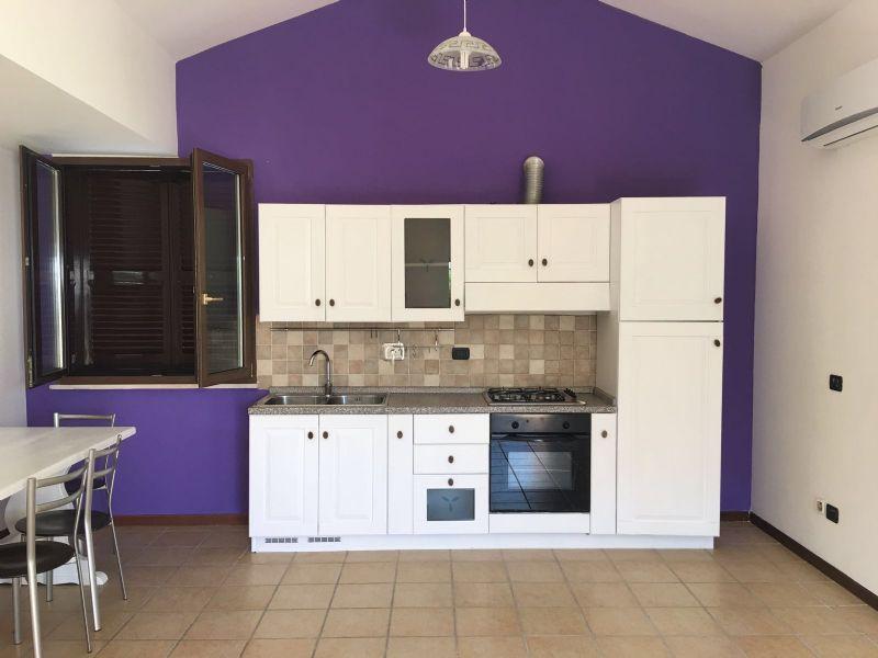 Soluzione Indipendente in affitto a Roma, 3 locali, zona Zona: 38 . Acilia, Vitinia, Infernetto, Axa, Casal Palocco, Madonnetta, prezzo € 1.000 | CambioCasa.it