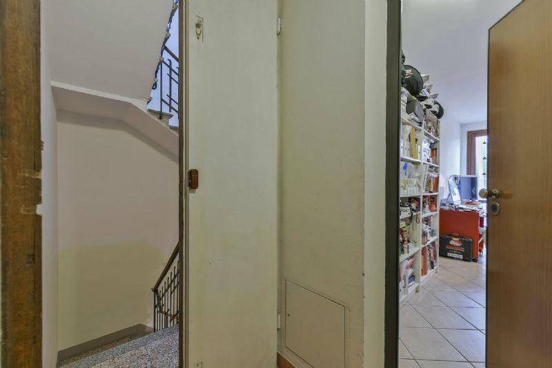 Bilocale Firenze Via Toselli 1