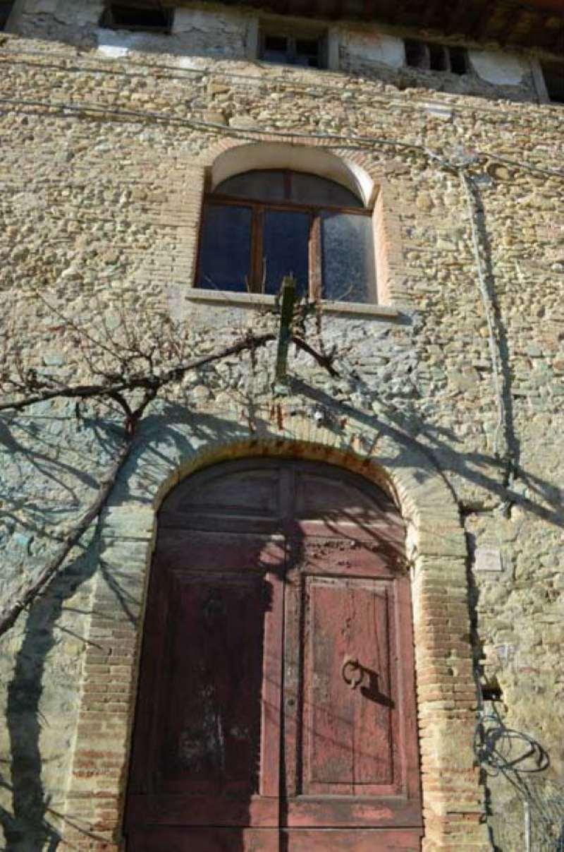 Palazzo-stabile  in Vendita a Anghiari