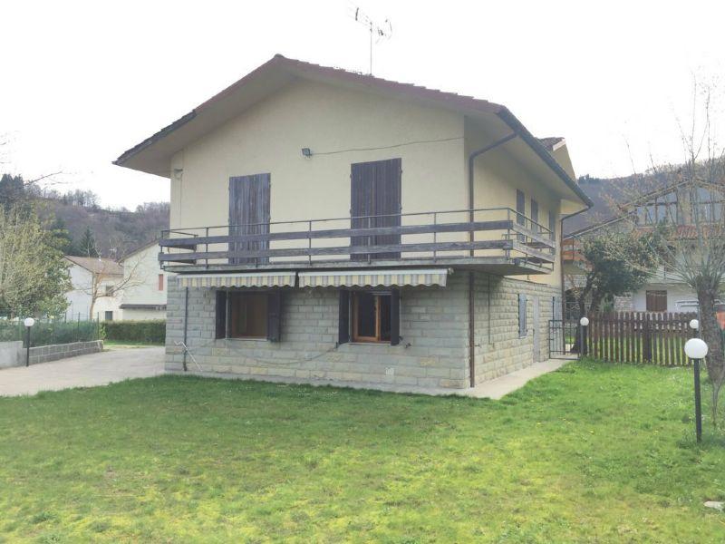 Palazzo / Stabile in vendita a Bagno di Romagna, 10 locali, Trattative riservate   Cambio Casa.it