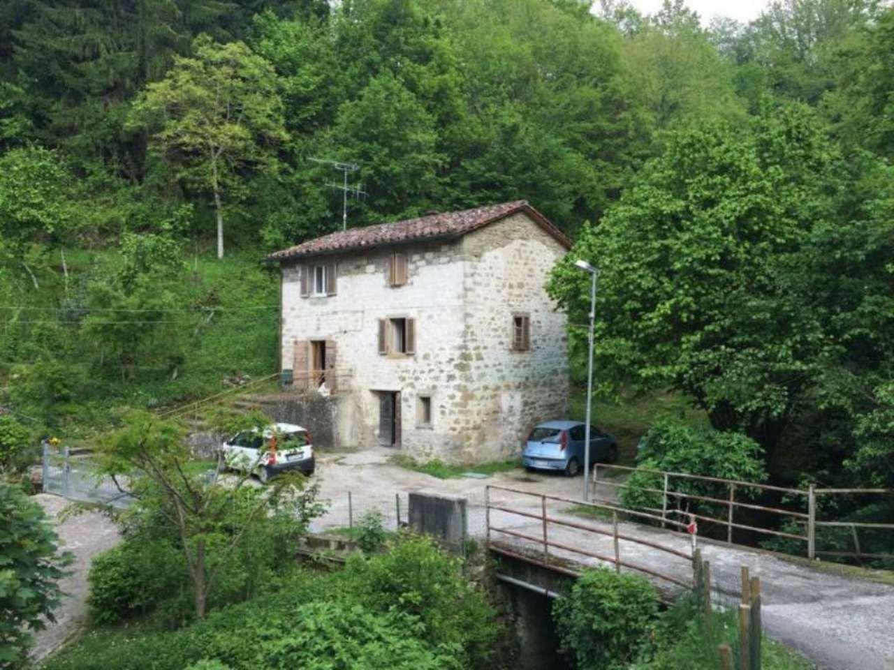 Soluzione Indipendente in vendita a Bagno di Romagna, 6 locali, Trattative riservate | Cambio Casa.it