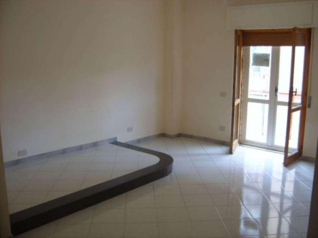 Appartamento in affitto a Capriglia Irpina, 4 locali, prezzo € 300 | Cambio Casa.it