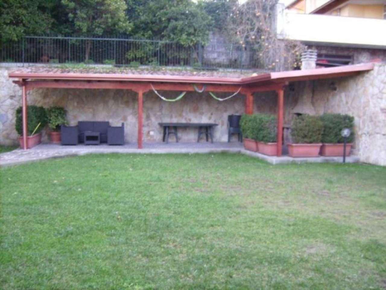 Villa in vendita a Marano di Napoli, 6 locali, prezzo € 660.000 | Cambio Casa.it