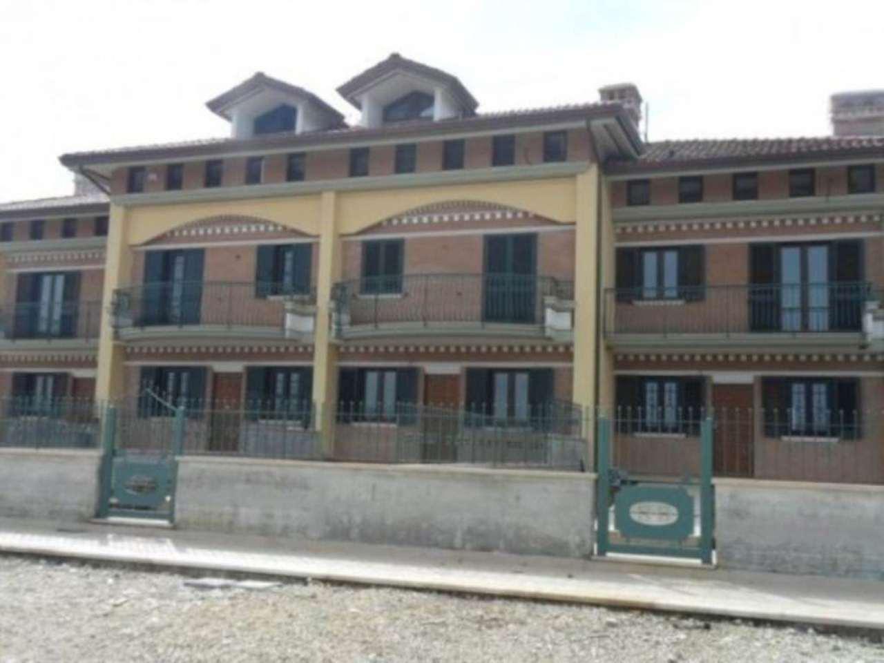 Villa in vendita a Avellino, 5 locali, prezzo € 260.000 | Cambio Casa.it