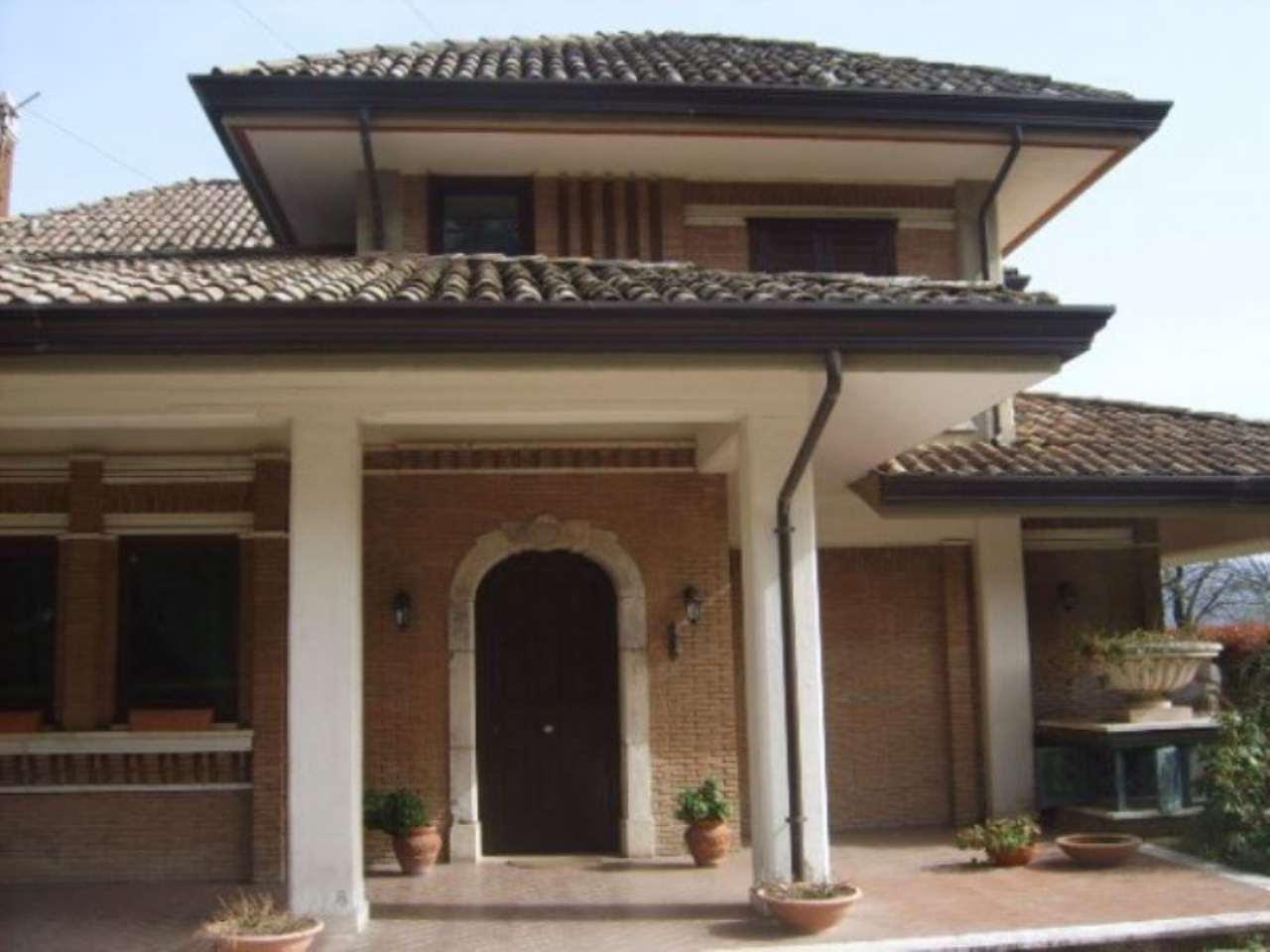 Villa in vendita a Avellino, 6 locali, prezzo € 690.000 | Cambio Casa.it