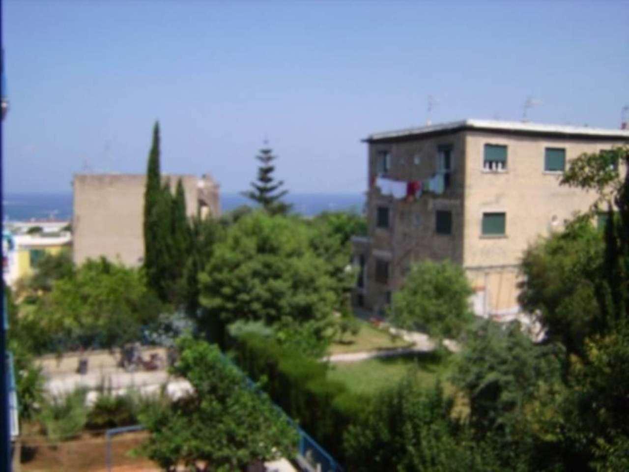 Appartamento in vendita a Procida, 4 locali, prezzo € 450.000 | Cambio Casa.it