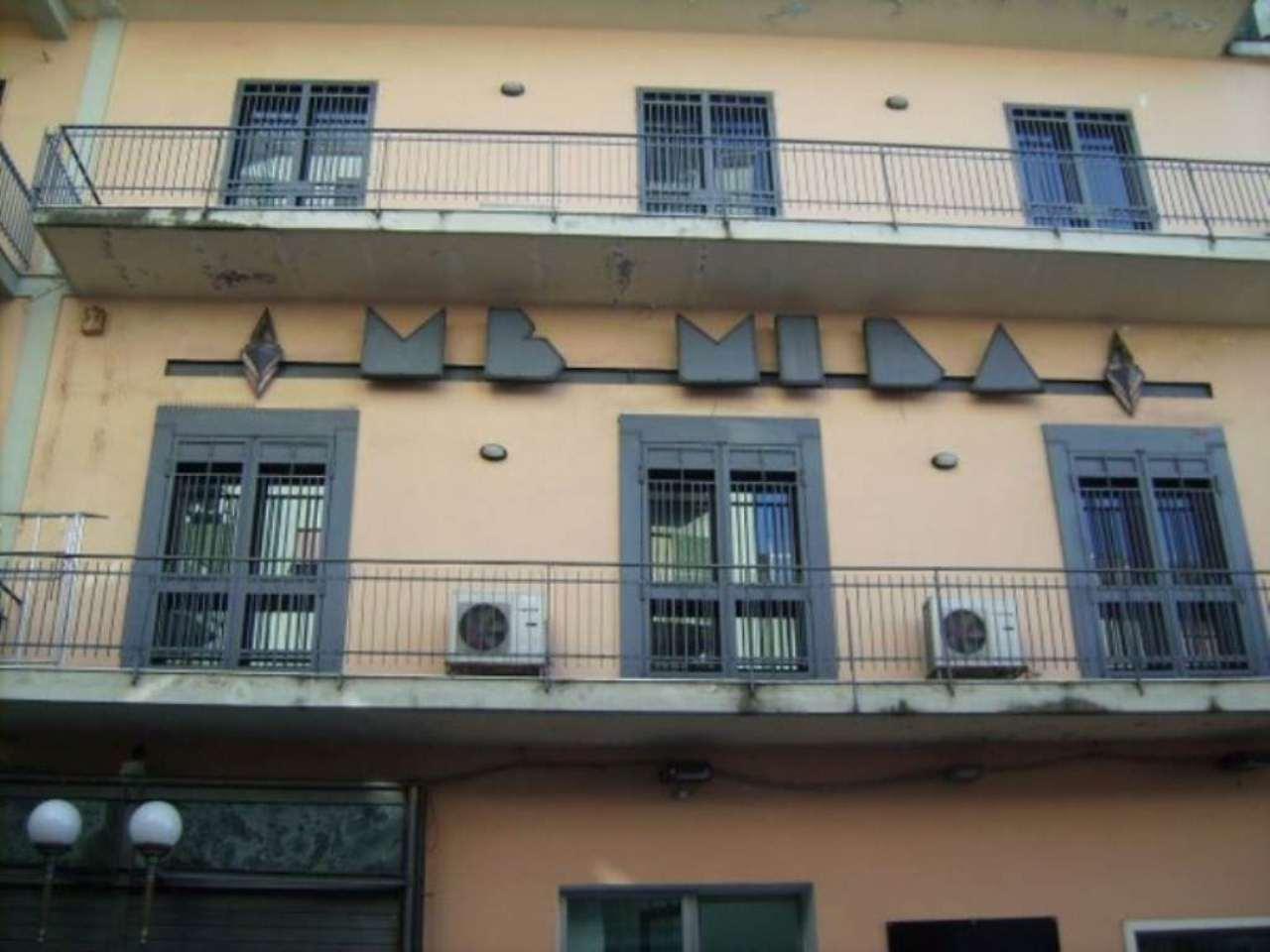 Magazzino in affitto a Marano di Napoli, 2 locali, prezzo € 800 | CambioCasa.it