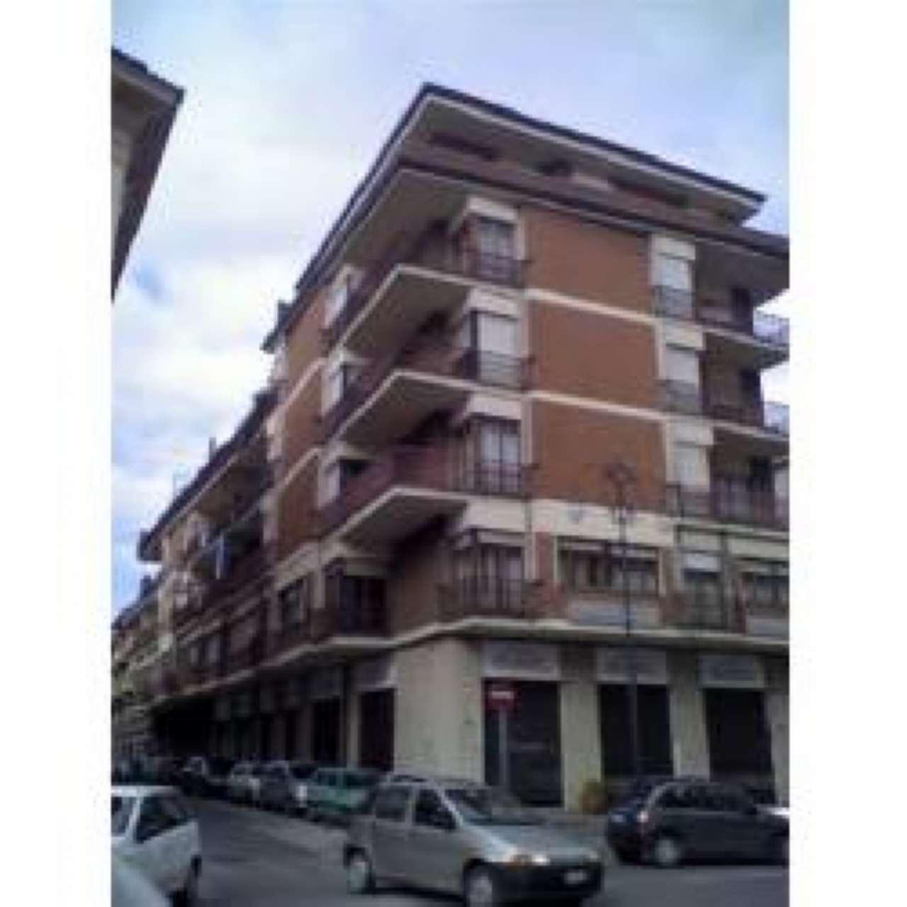 Negozio / Locale in vendita a Avellino, 1 locali, prezzo € 100.000   Cambio Casa.it
