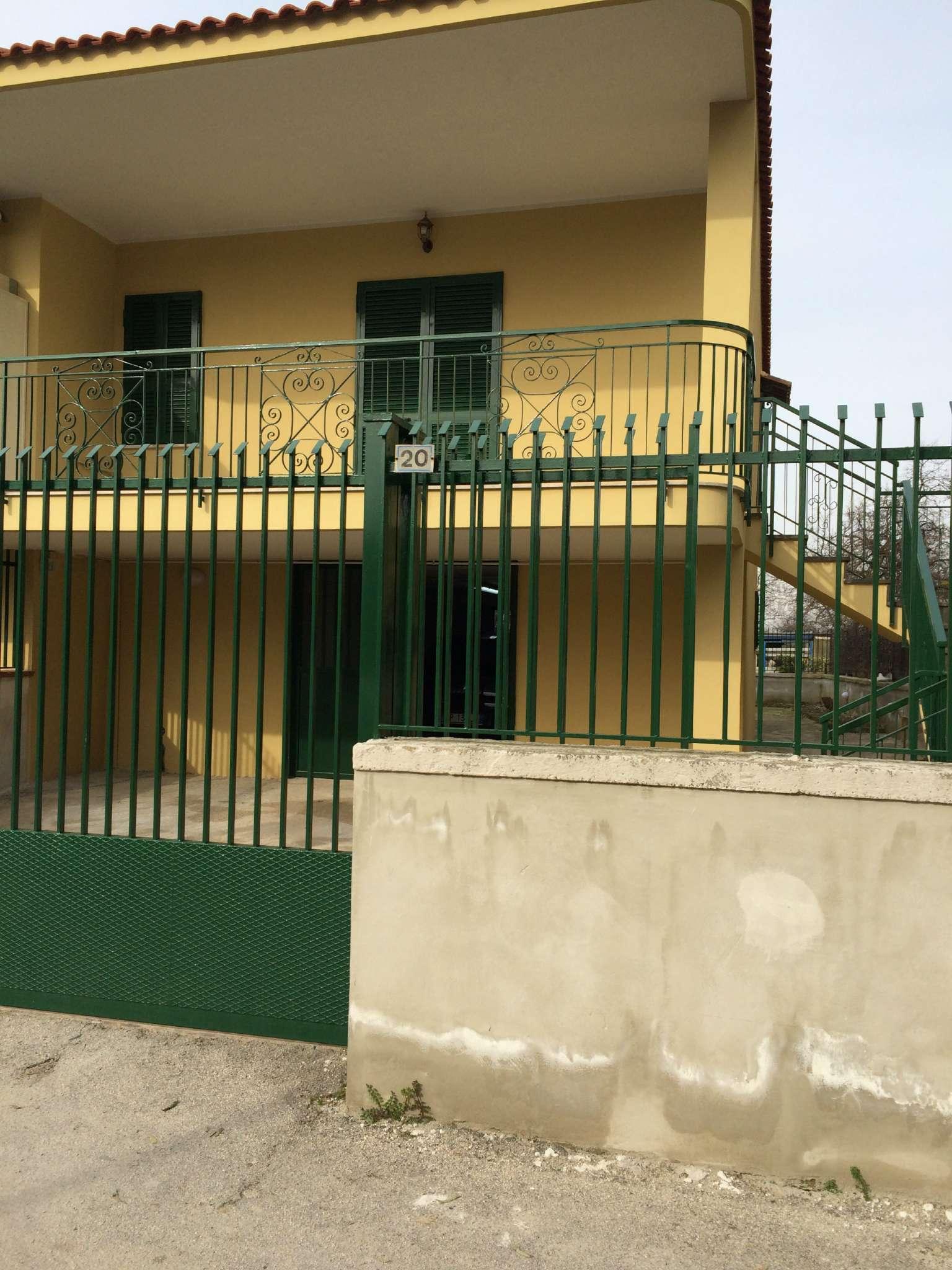 Appartamento in affitto a Calvizzano, 3 locali, prezzo € 450   Cambio Casa.it