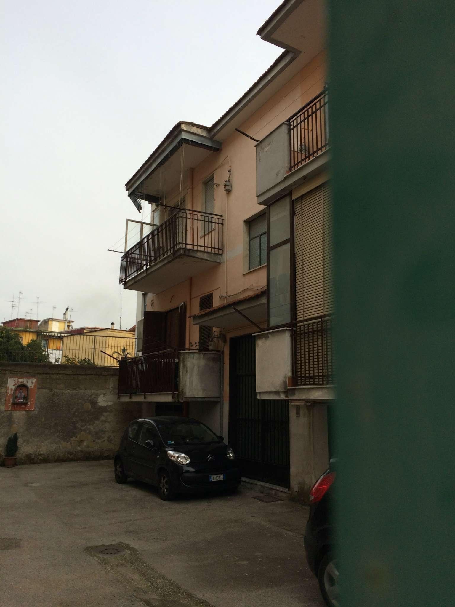 Appartamento in vendita a Mugnano di Napoli, 3 locali, prezzo € 120.000 | CambioCasa.it