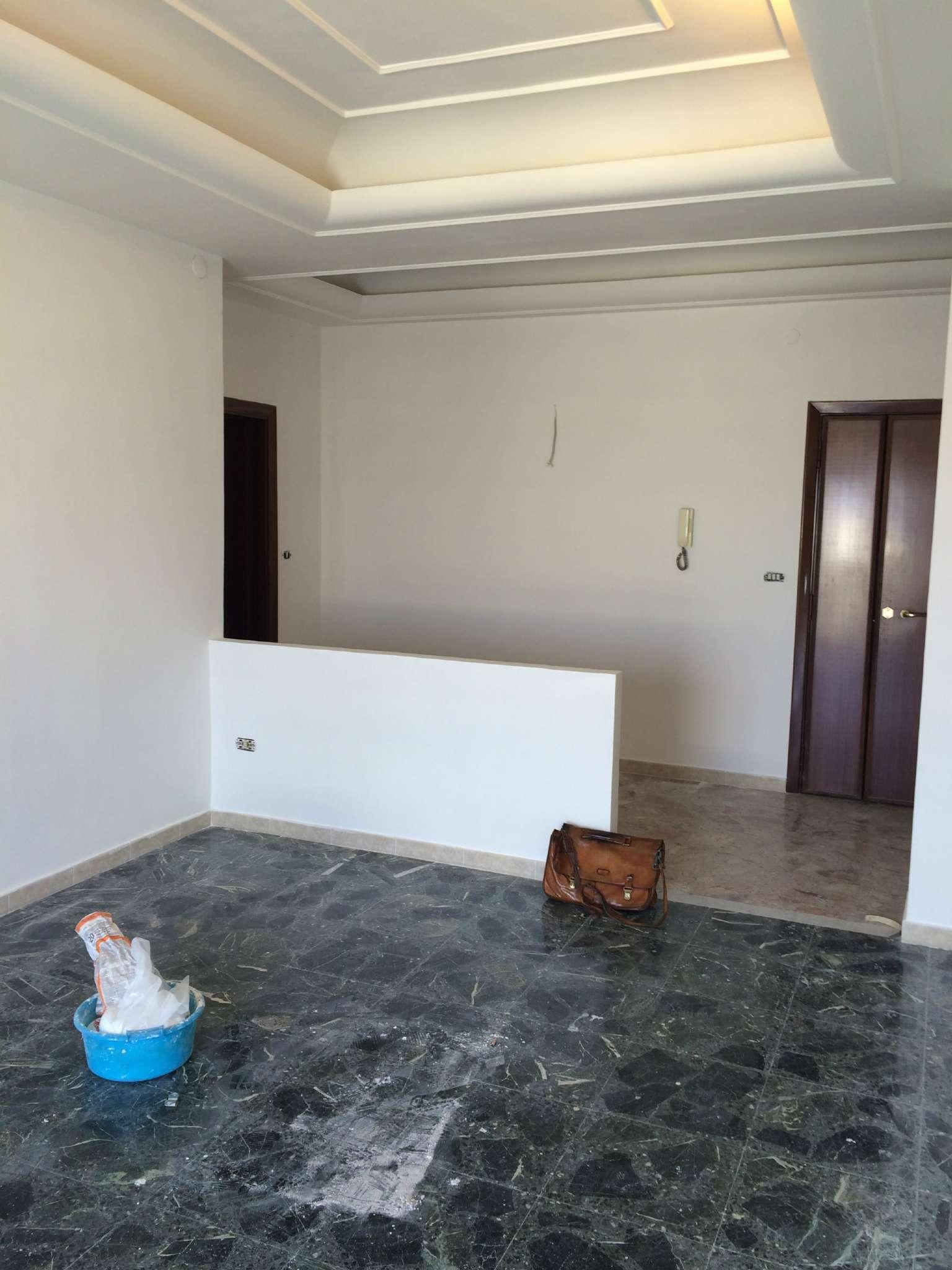 Appartamento in affitto a Marano di Napoli, 6 locali, prezzo € 500   CambioCasa.it