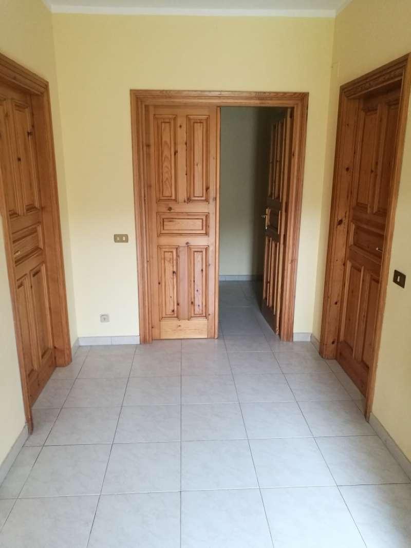 Appartamento in affitto a Capriglia Irpina, 3 locali, prezzo € 350 | CambioCasa.it