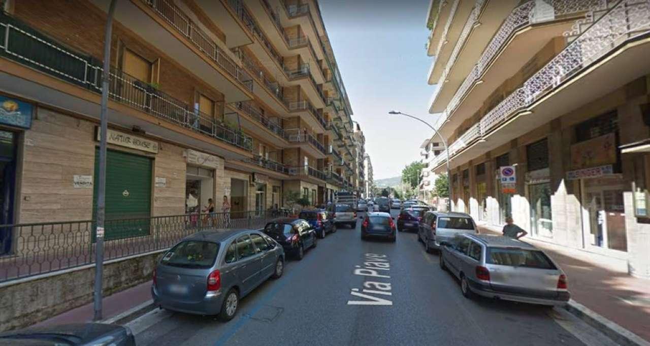 Appartamento 5 locali in affitto a Avellino (AV)