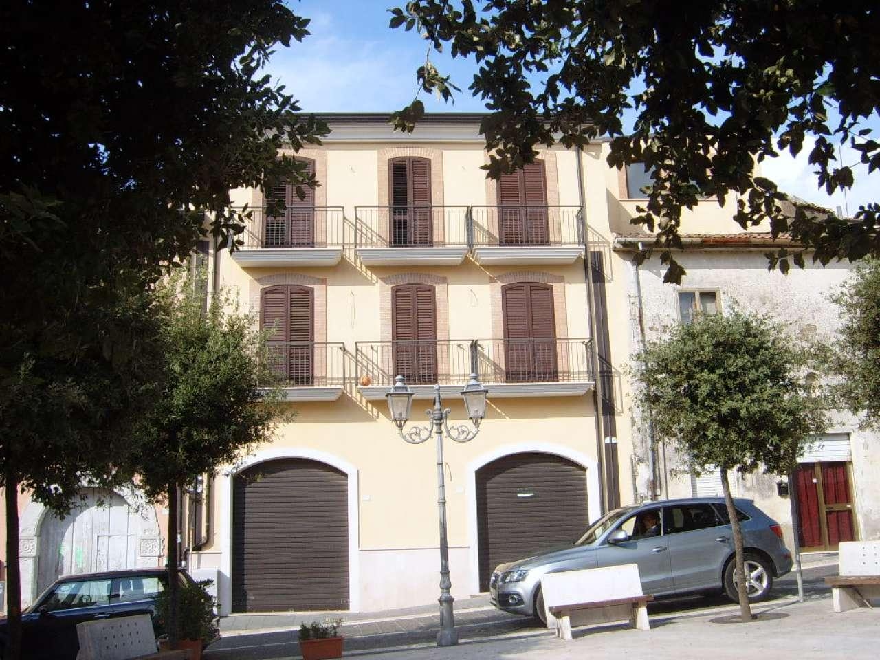 Appartamento trilocale in affitto a Manocalzati (AV)
