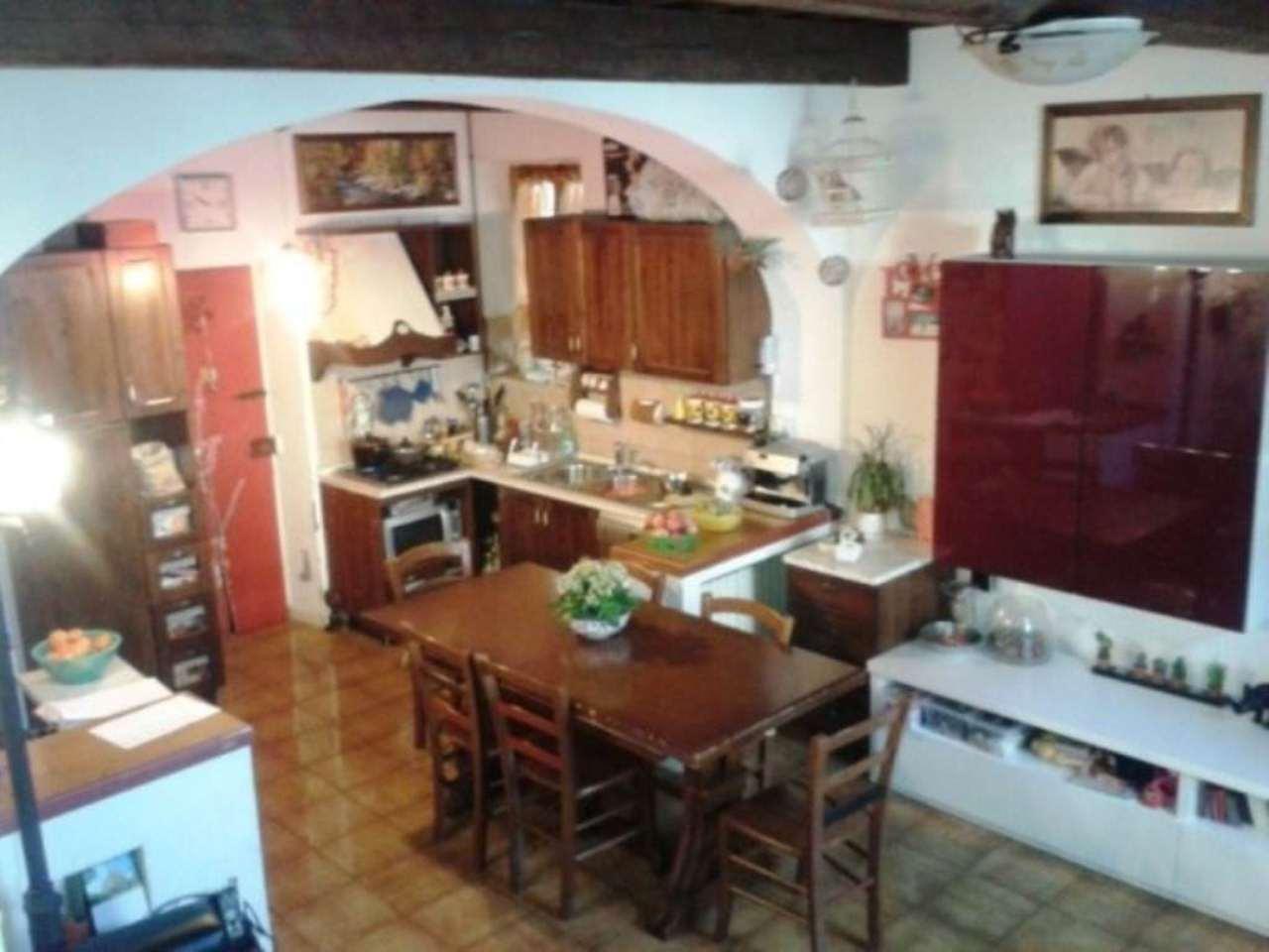 Soluzione Indipendente in vendita a Scandicci, 5 locali, prezzo € 175.000 | Cambio Casa.it