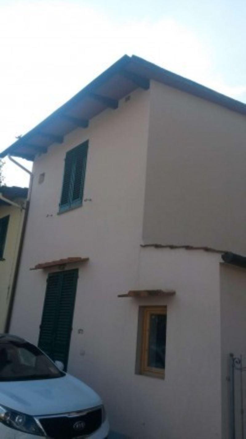 Palazzo / Stabile in vendita a Campi Bisenzio, 3 locali, prezzo € 170.000 | Cambio Casa.it