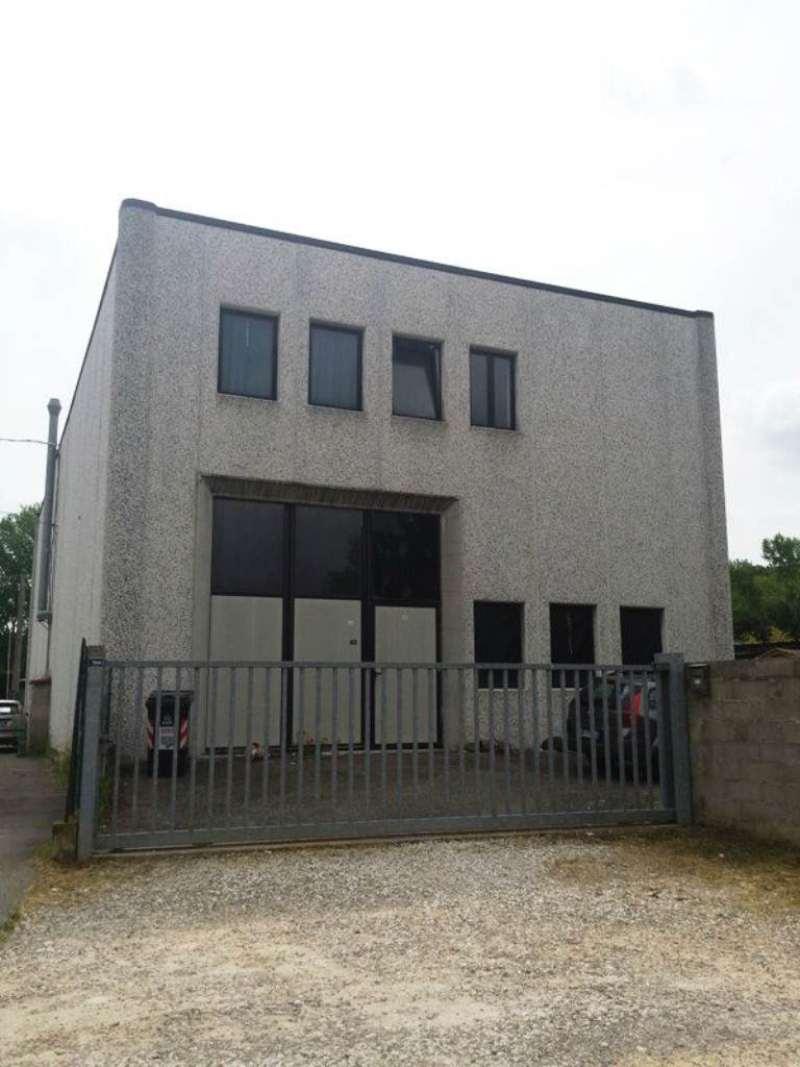 Capannone in vendita a Carmignano, 3 locali, prezzo € 220.000 | Cambio Casa.it