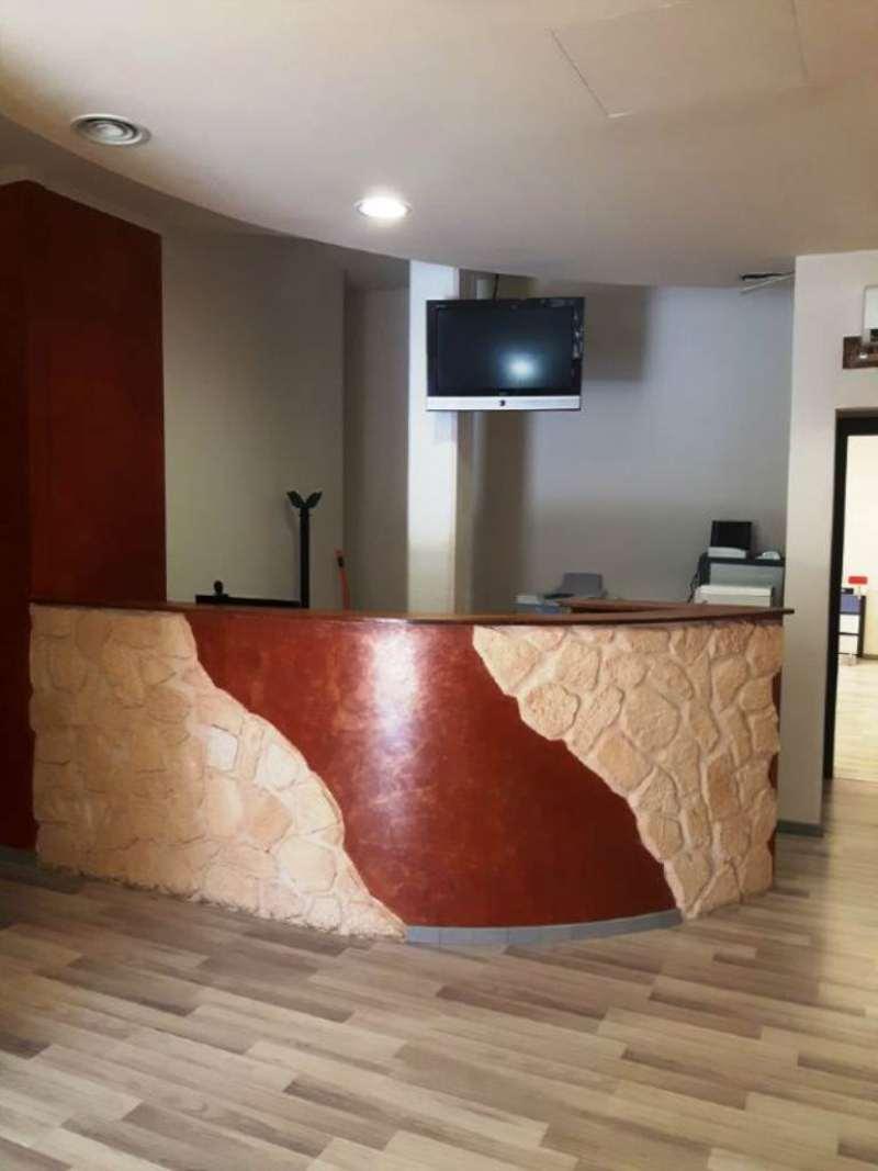 Negozio / Locale in affitto a Campi Bisenzio, 7 locali, prezzo € 2.000 | Cambio Casa.it