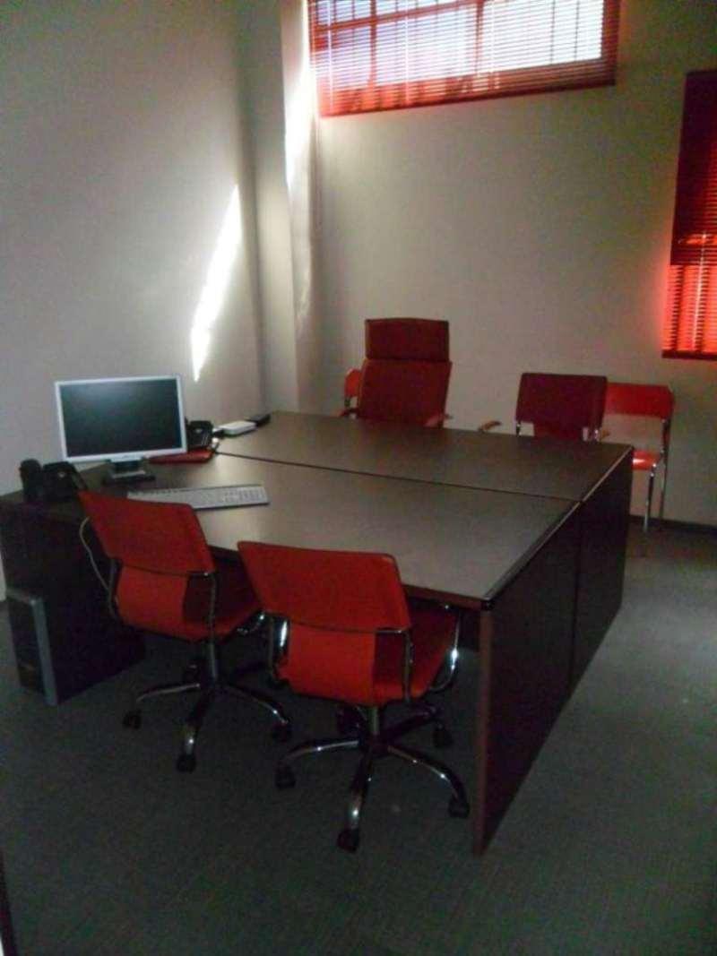 Ufficio / Studio in affitto a Signa, 2 locali, prezzo € 350 | Cambio Casa.it