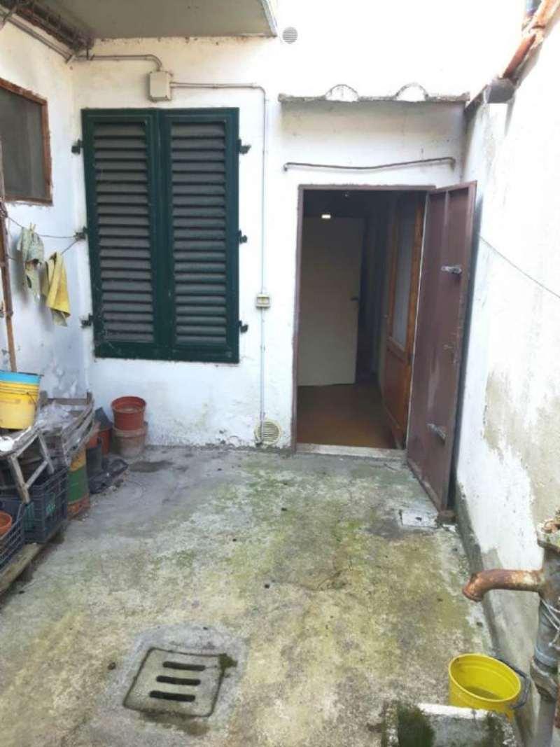 Palazzo / Stabile in vendita a Signa, 6 locali, prezzo € 150.000 | Cambio Casa.it