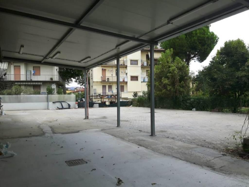 Capannone in affitto a Firenze, 2 locali, zona Zona: 4 . Cascine, Cintoia, Argingrosso, L'Isolotto, Porta a Prato, Talenti, prezzo € 4.300 | Cambio Casa.it