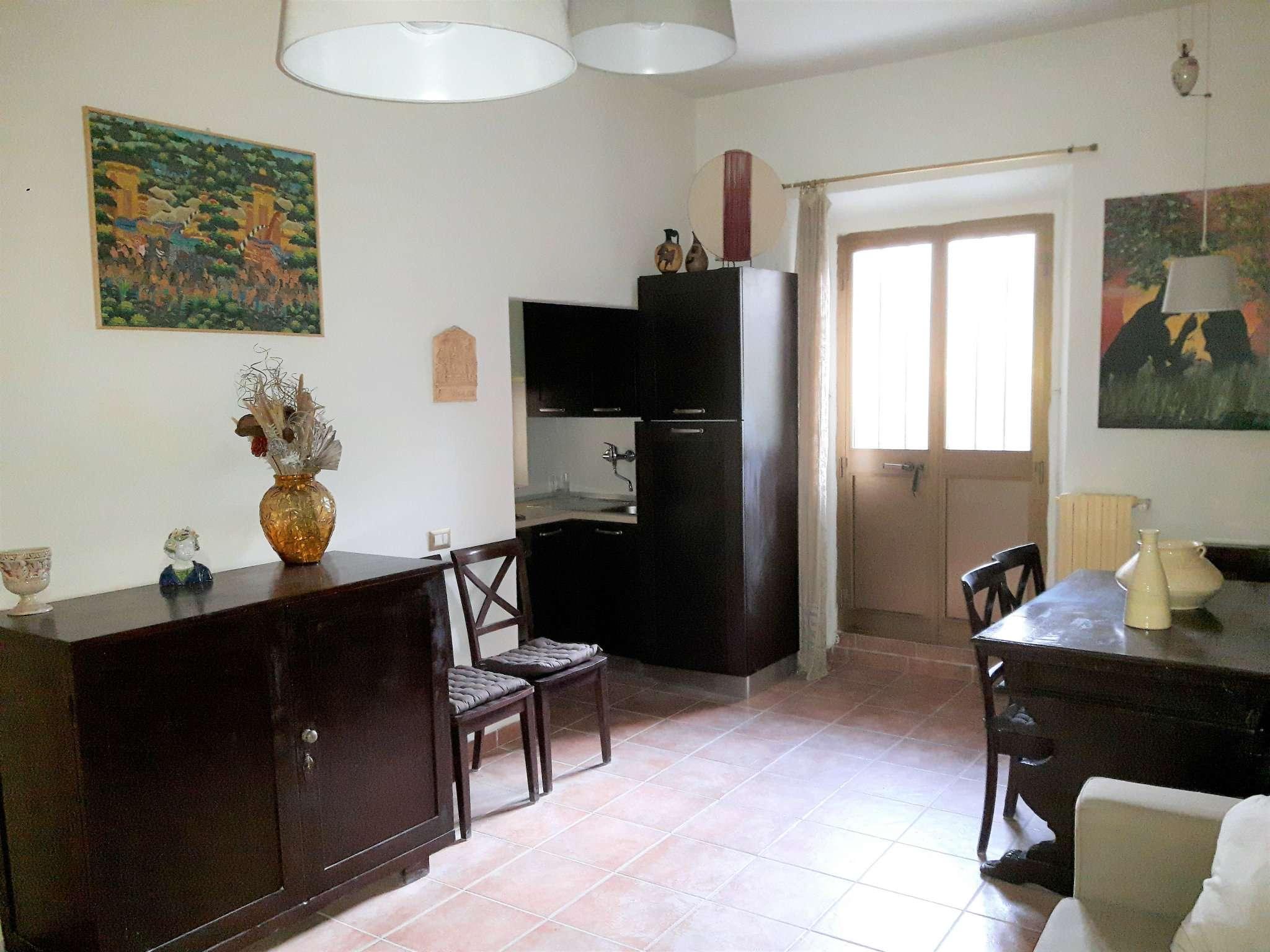 Palazzo / Stabile in vendita a Signa, 3 locali, prezzo € 130.000 | Cambio Casa.it