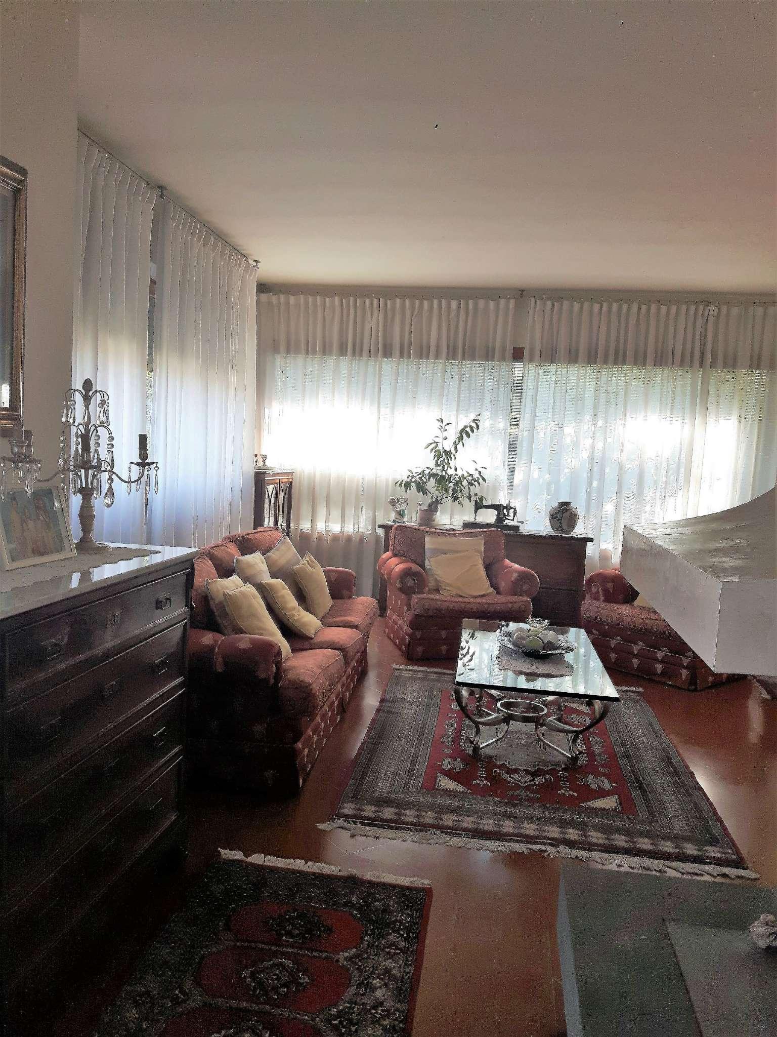 Villa in vendita a Lastra a Signa, 11 locali, prezzo € 780.000   CambioCasa.it
