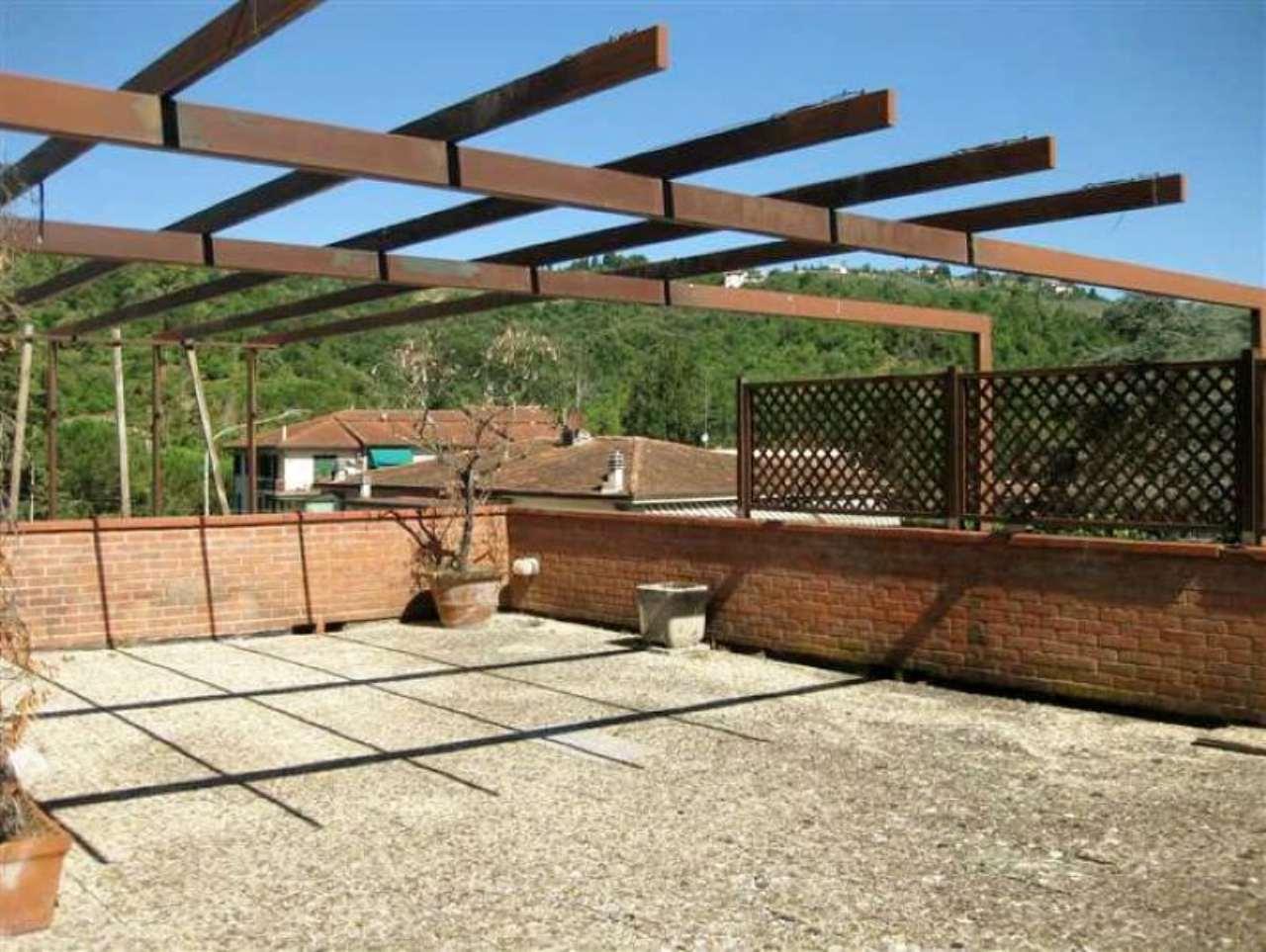 Appartamento in vendita a Fiesole, 8 locali, prezzo € 550.000 | Cambio Casa.it