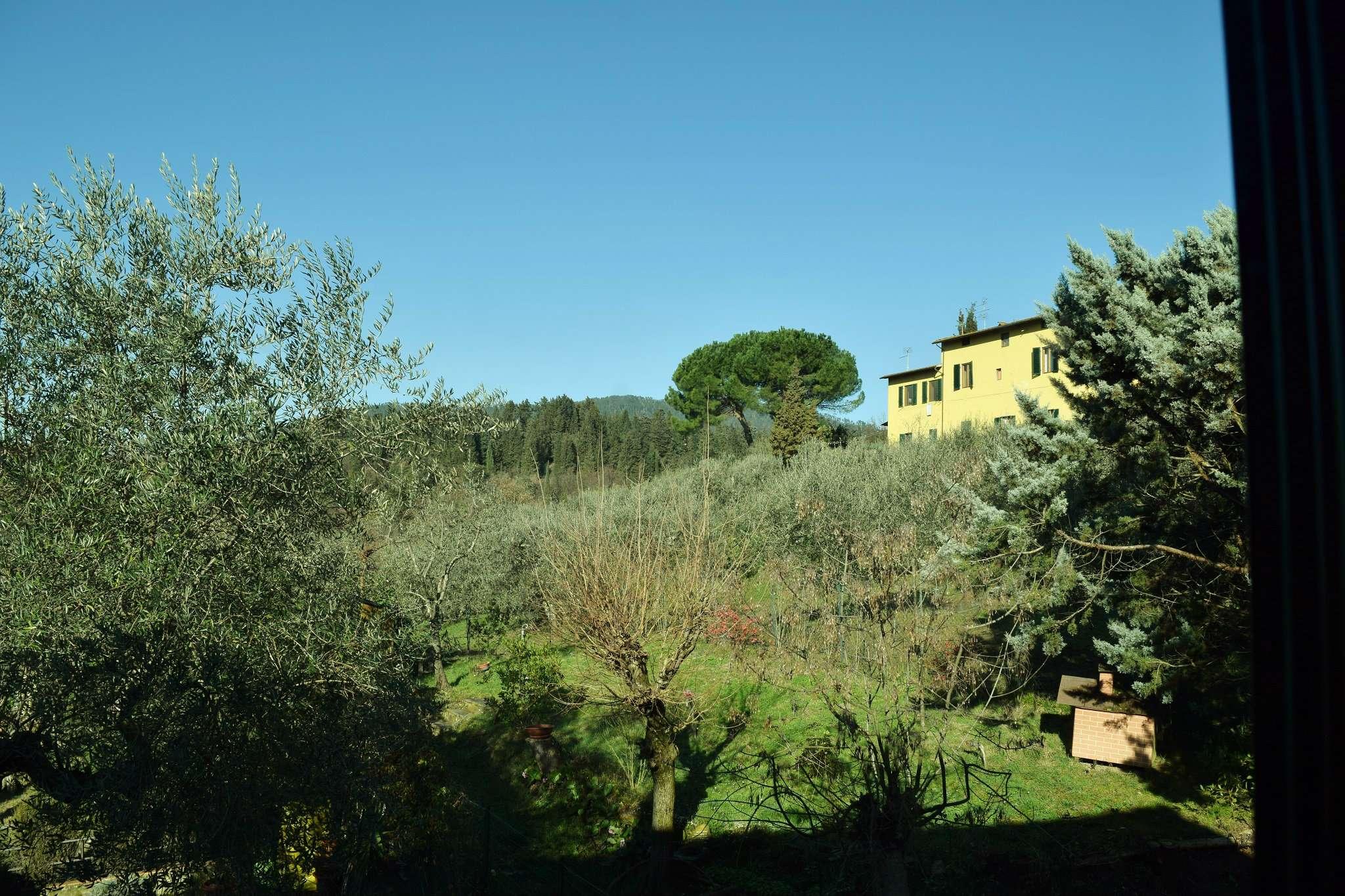 Palazzo / Stabile in vendita a Sesto Fiorentino, 4 locali, prezzo € 195.000 | Cambio Casa.it