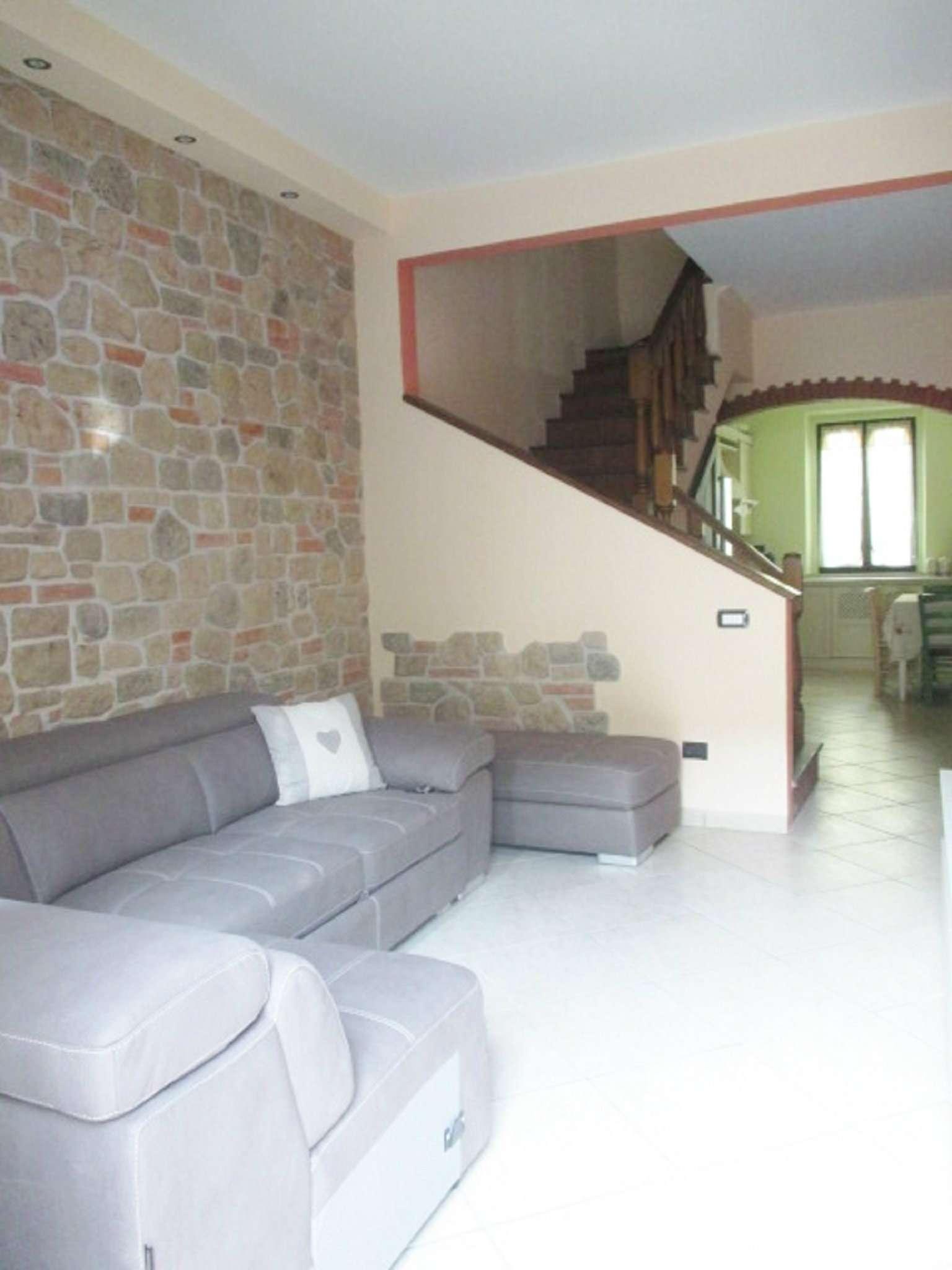 Palazzo / Stabile in vendita a Firenze, 4 locali, zona Zona: 2 . Piana di Castello, Pistoiese, Le Piagge, prezzo € 199.000 | Cambio Casa.it