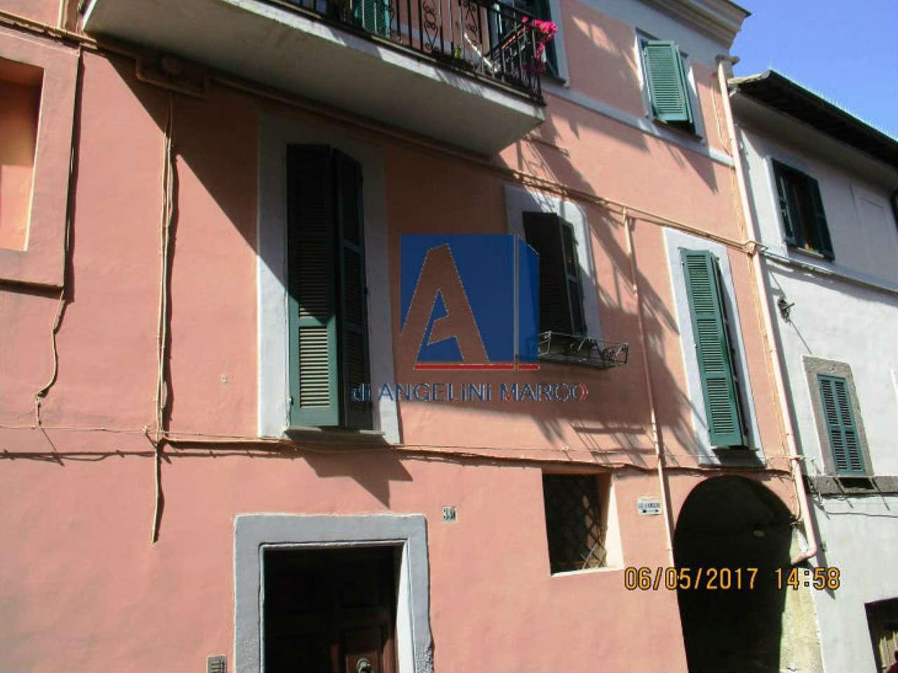 Appartamento in vendita a Vignanello, 3 locali, prezzo € 99.000 | CambioCasa.it