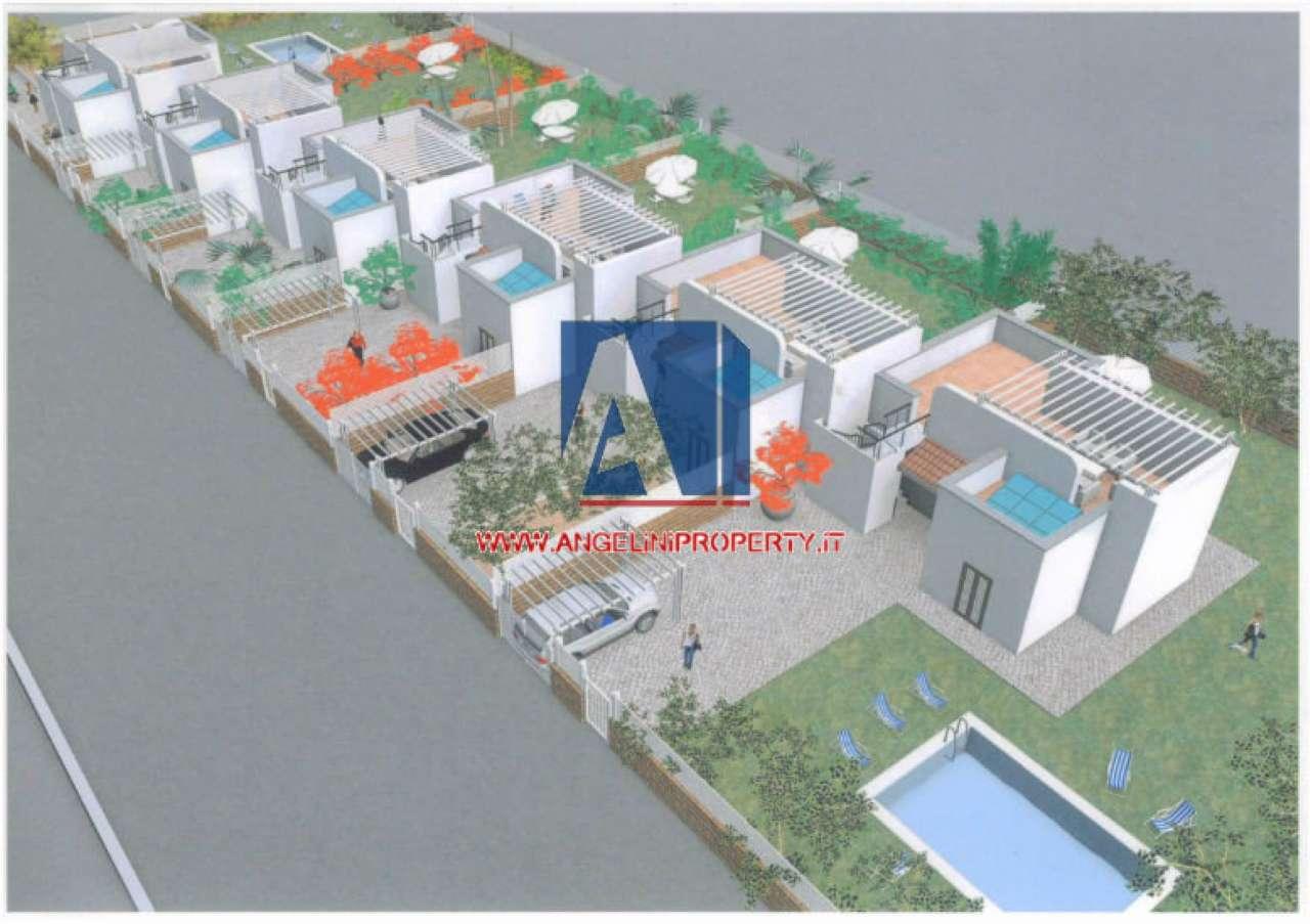 Villa a schiera trilocale in vendita a Terracina (LT)