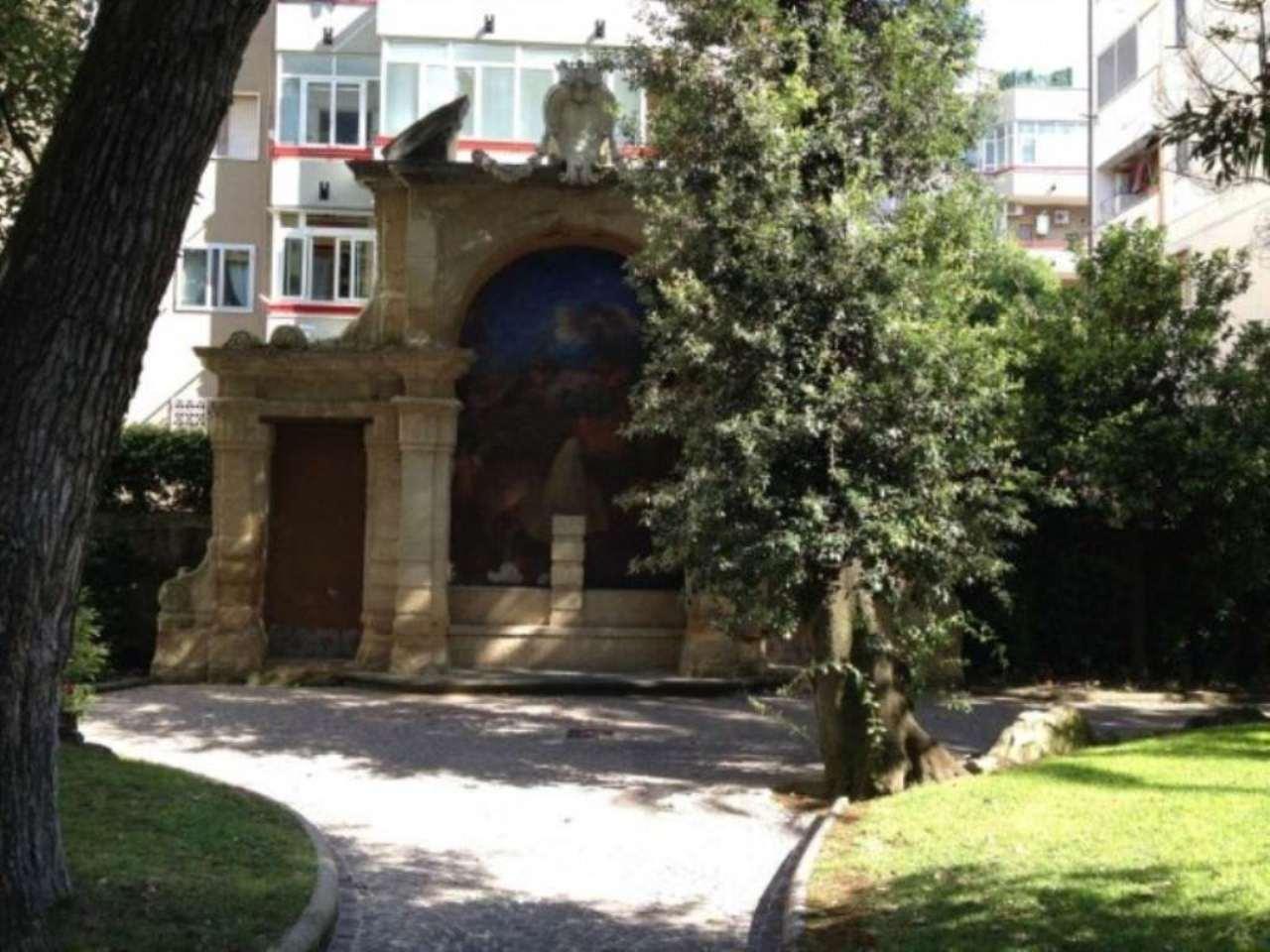Bilocale Napoli Via Montedonzelli 9