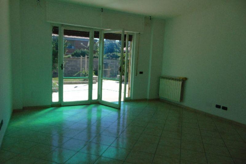 Bilocale Pomezia Via Via Lido Verde 8